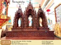 tòa công giáo gỗ gụ